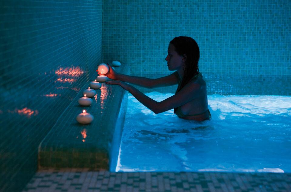 <strong>PRIVÉ WELLNESS SPA</strong> - € 350 per la coppia<p> Spa esclusiva, aperitivo gourmet, massaggio di coppia da 50'.